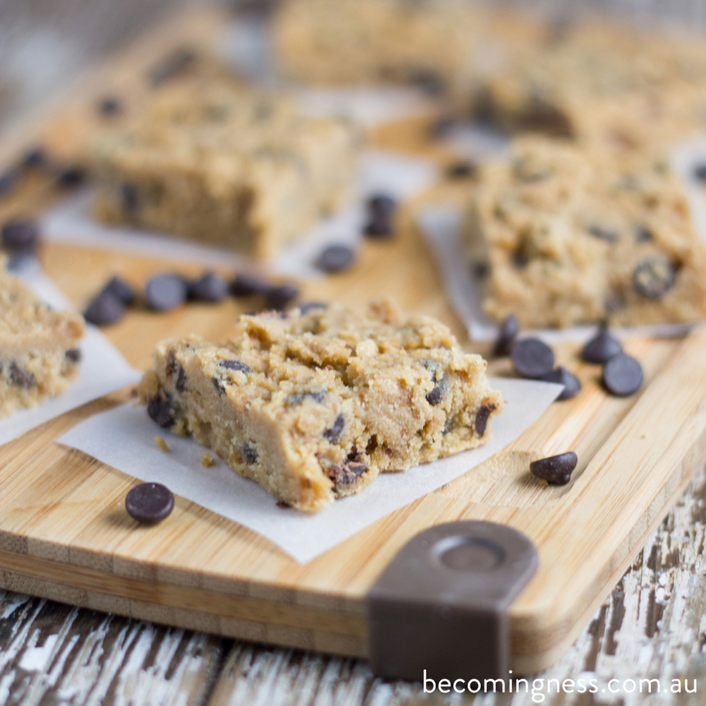 raw-chocolate-chip-cookie-dough-bars