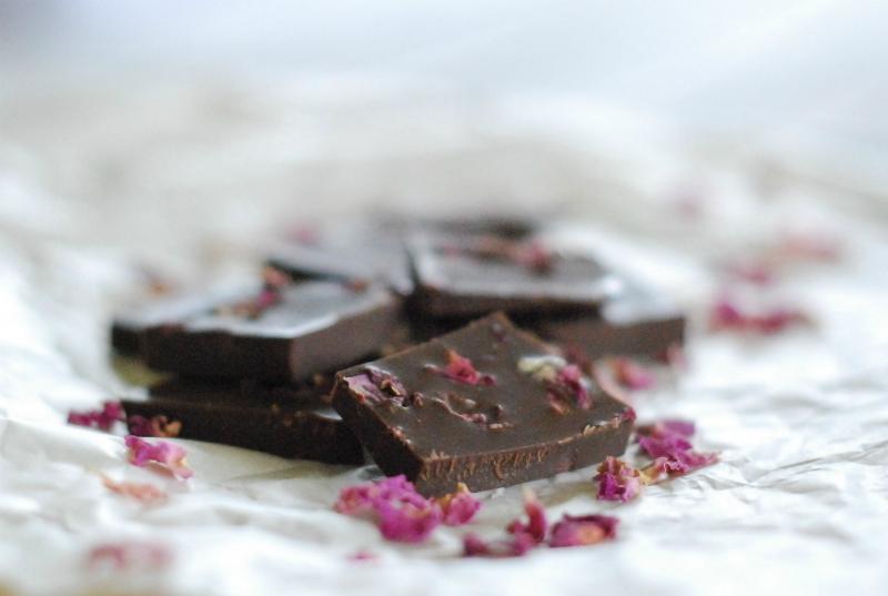 christmas-recipe-countdown-rose-petal-chocolate
