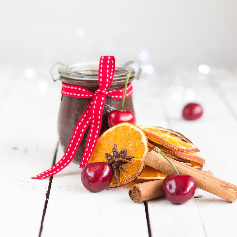 christmas-recipe-countdown-chocolate-granola-homemade-nutella