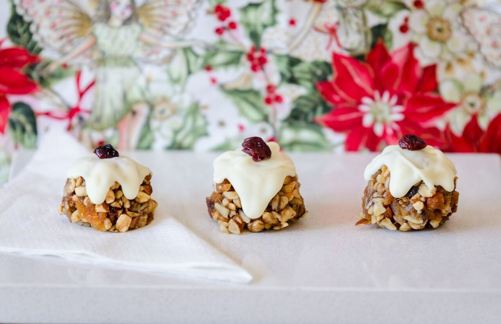 christmas-recipe-countdown-raw-mini-christmas-puddings