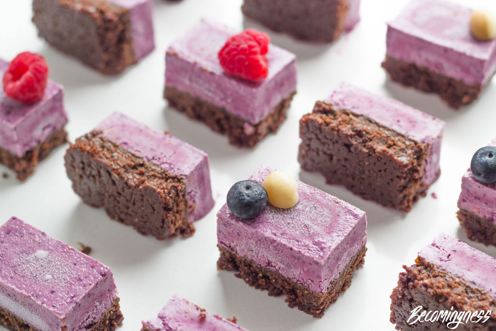 Triple-Berry-Chocolate-slice-chocolate-roundup