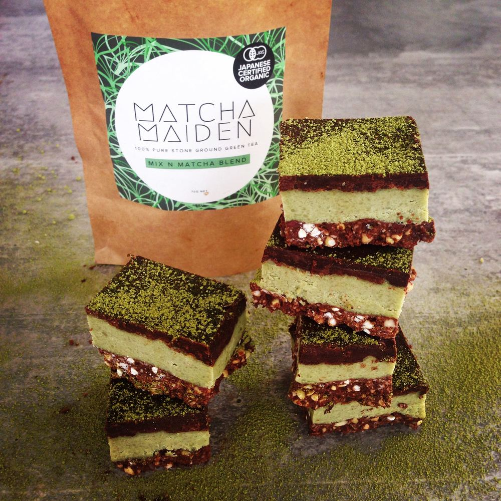 raw-matcha-peppermint-chocolate-crunch-matcha-recipes
