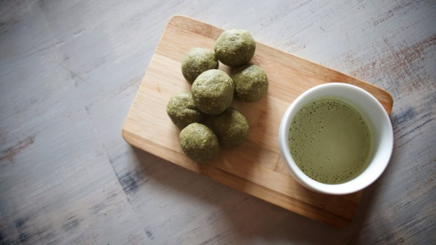 matcha-bliss-balls-bulletproof-latte-matcha-recipes