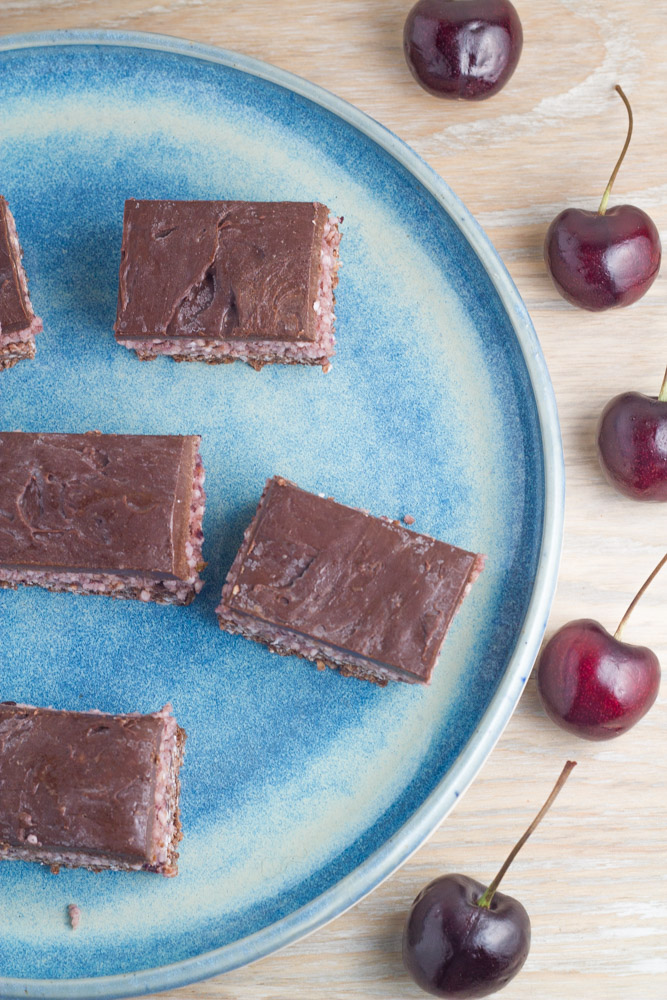 15-must-have-raw-desserts-for-the-holiday-season-raw-cherry-ripe-slice