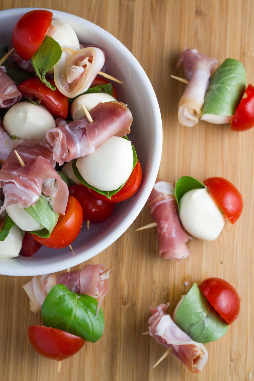 Prosciutto-Mozzarella-Skewers