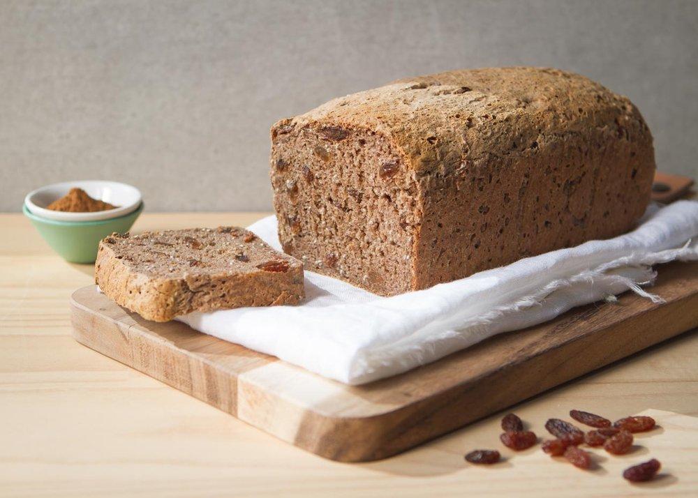 11-healthy-easy-breakfast-recipes-gluten-free-fruit-spice-bread