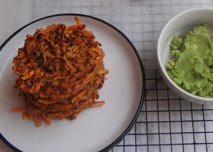 11-healthy-easy-breakfast-recipes-sweet-potato-fritters