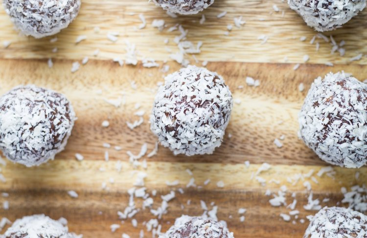16-healthy-lunch-box-recipes-that-your-kids-will-love-jaffa-bliss-balls