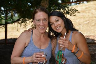 Sarah & Tiffany - our amazing organizers!