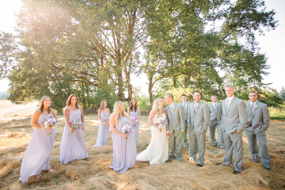 Romantic-Oregon-Wedding-in-the-Woods-11