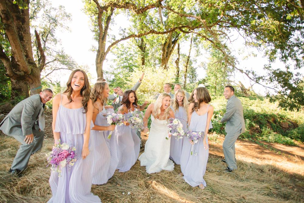 Romantic-Oregon-Wedding-in-the-Woods-15