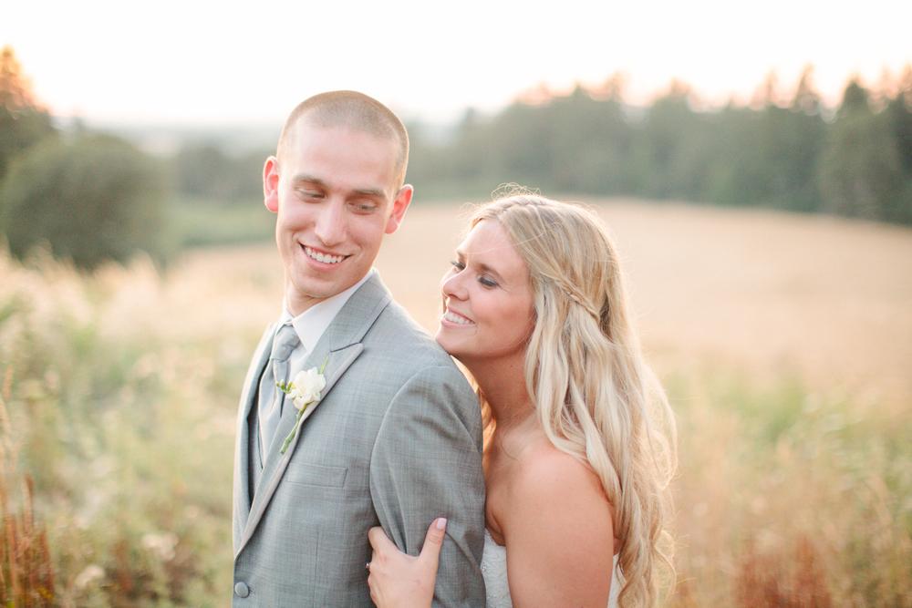 Romantic-Oregon-Wedding-in-the-Woods-21