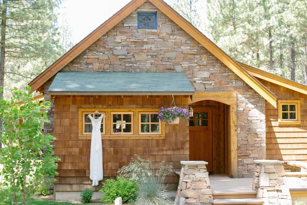 Michelle Cross Lake Creek Lodge Wedding-7.jpg