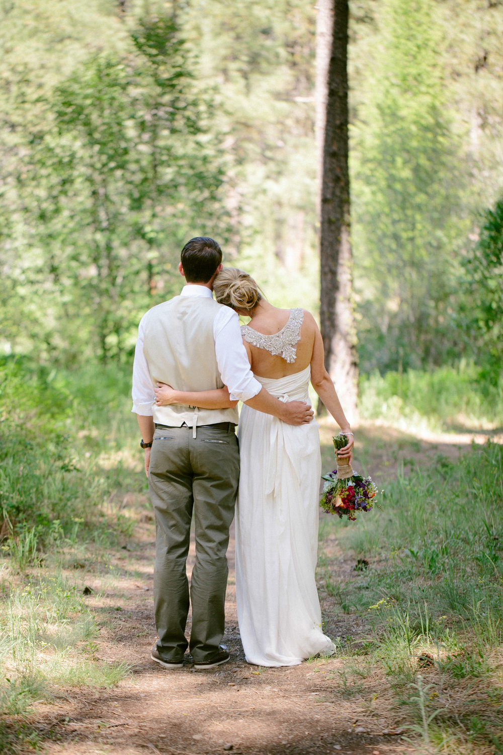 Michelle Cross Lake Creek Lodge Wedding-20.jpg