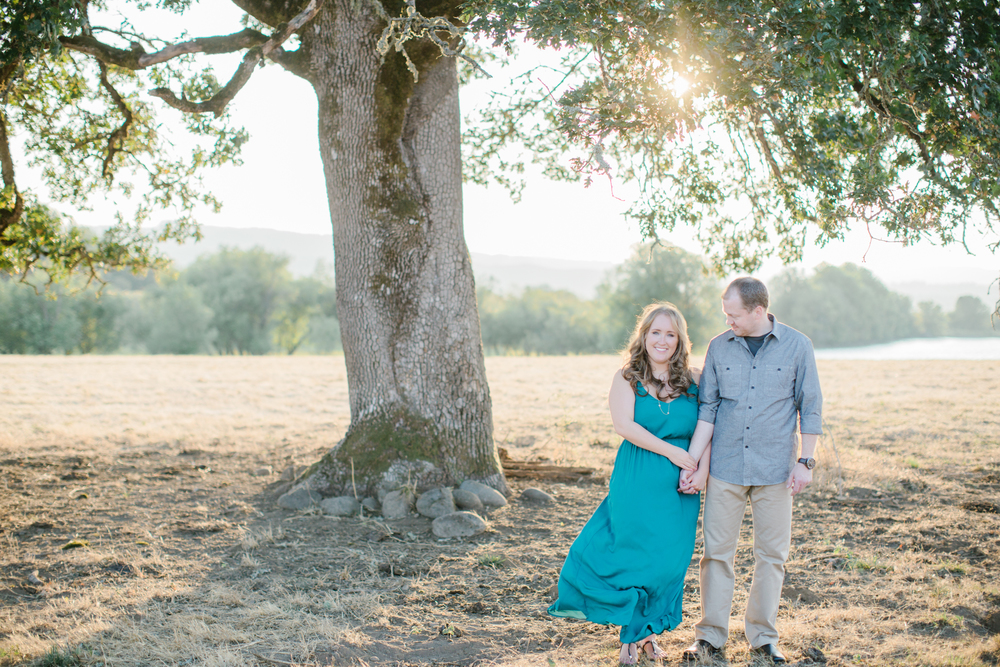 Sauvie Island Engagement by Michelle Cross-14.jpg
