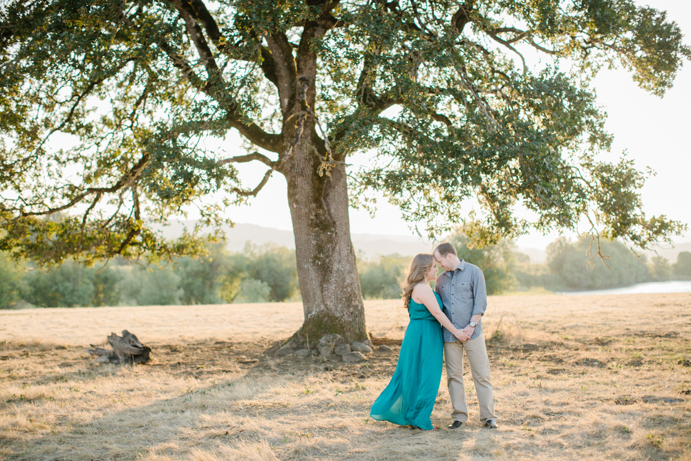 Sauvie Island Engagement by Michelle Cross-23.jpg