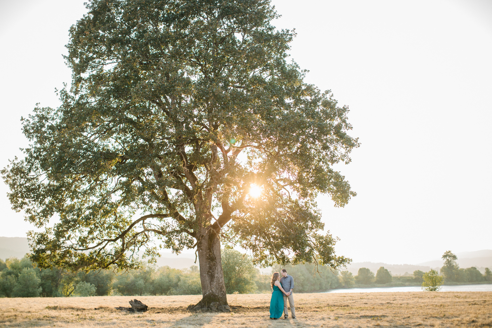 Sauvie Island Engagement by Michelle Cross-24.jpg