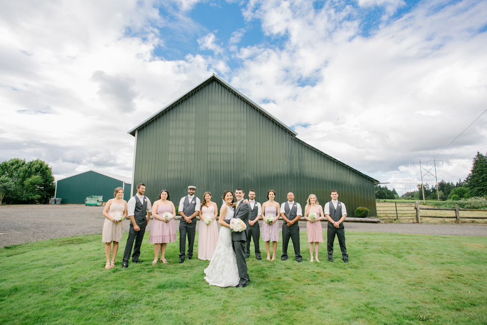 Postlewaits Oregon Wedding by Michelle Cross-35.jpg