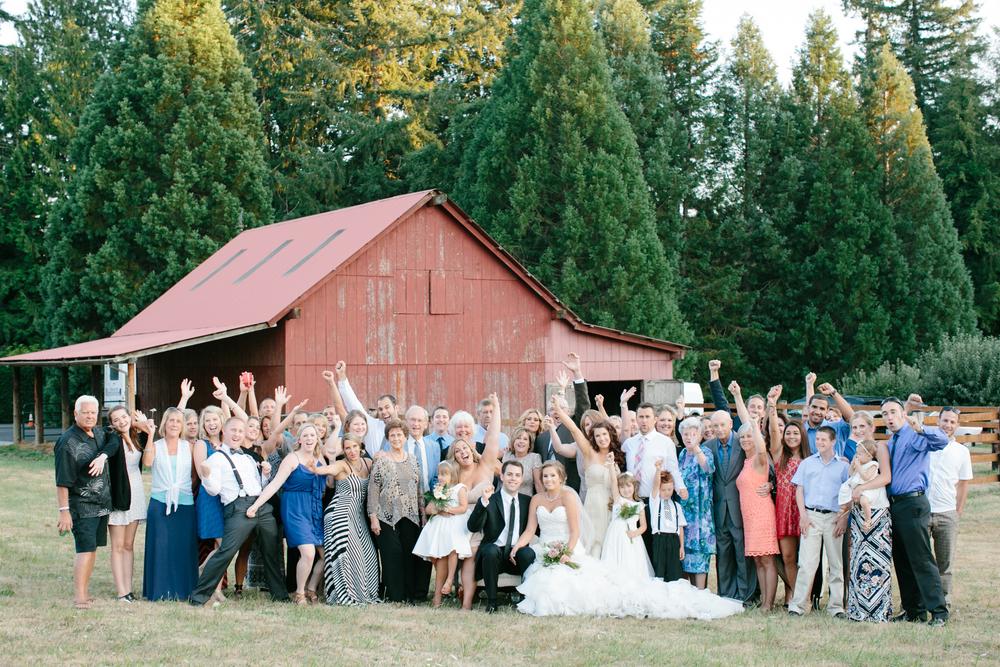 Oregon Barn Wedding by Michelle Cross-29.jpg