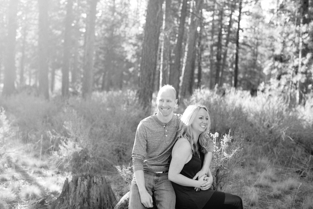 Bend Oregon Engagement Session by Michelle Cross-3.jpg