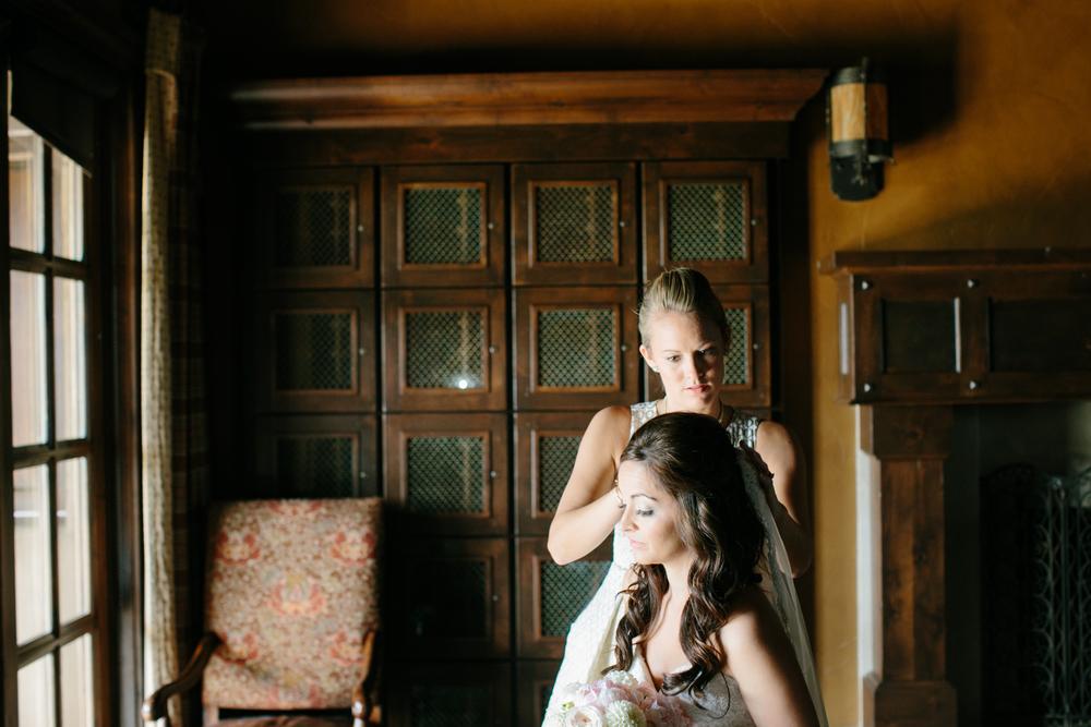 Bend Oregon Pronghorn Wedding by Michelle Cross-5.jpg