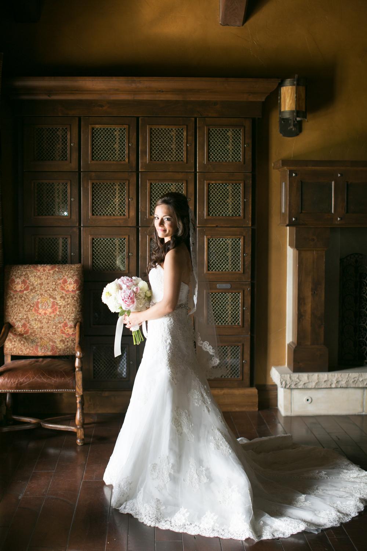 Bend Oregon Pronghorn Wedding by Michelle Cross-10.jpg