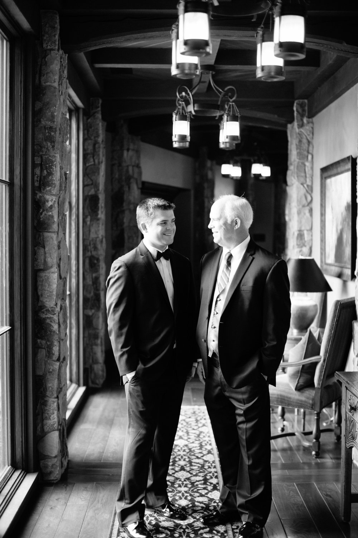 Bend Oregon Pronghorn Wedding by Michelle Cross-14.jpg