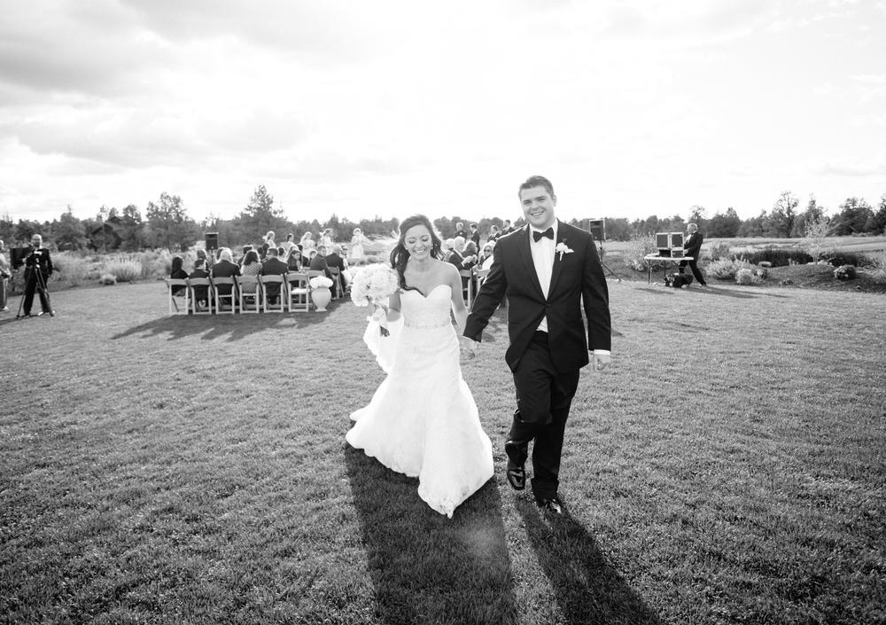 Bend Oregon Pronghorn Wedding by Michelle Cross-39.jpg