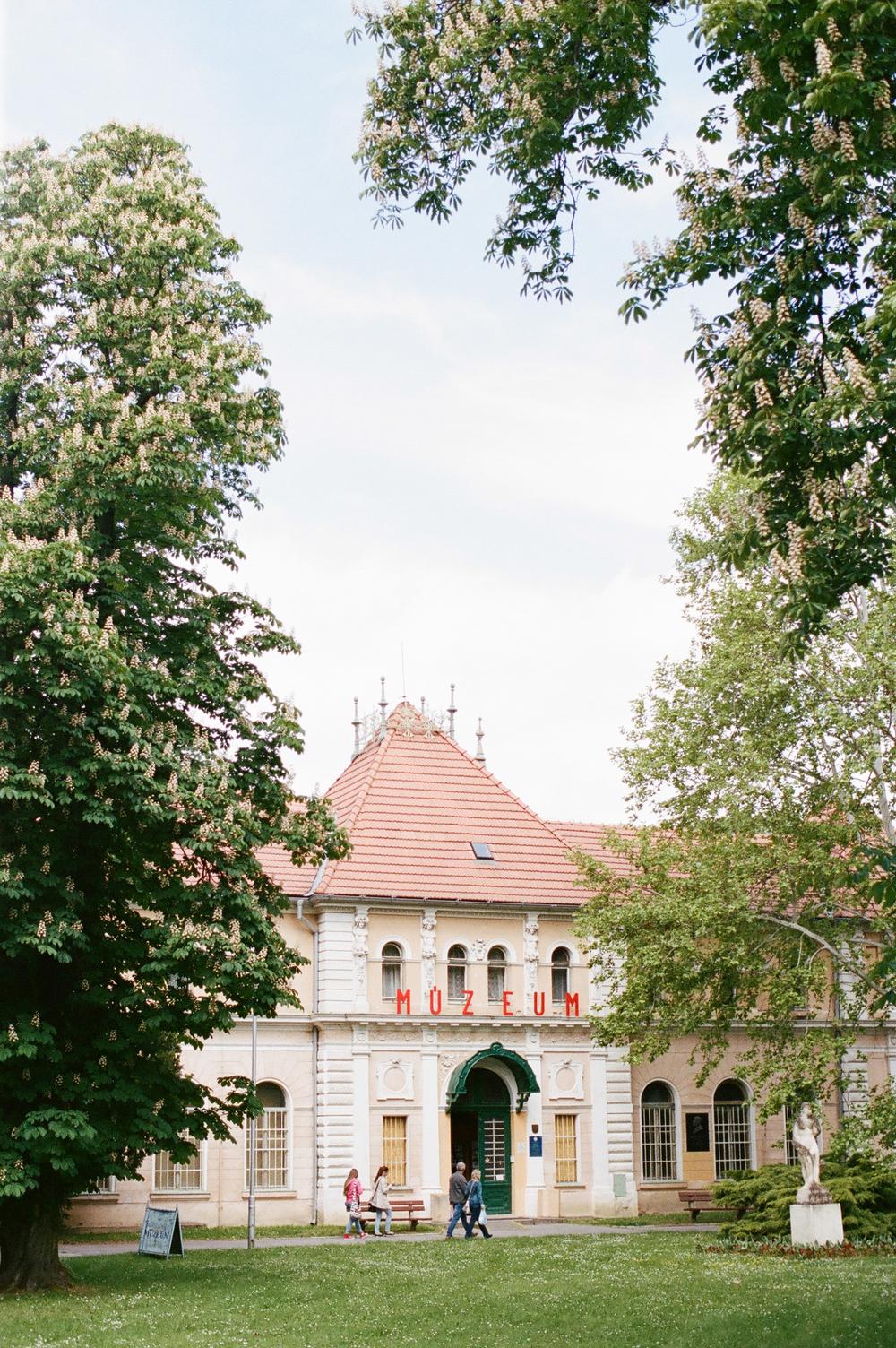 Michelle Cross in Piestany Slovakia-13.jpg