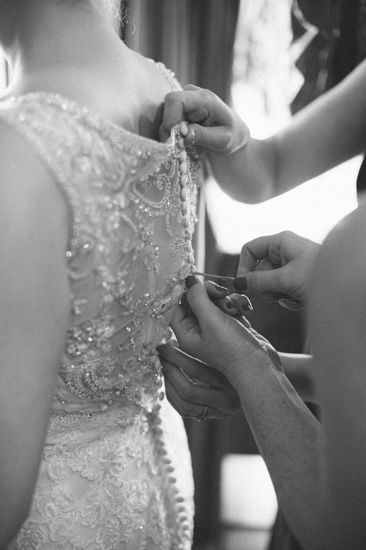 Michelle Cross_Cruz Wedding-143.jpg