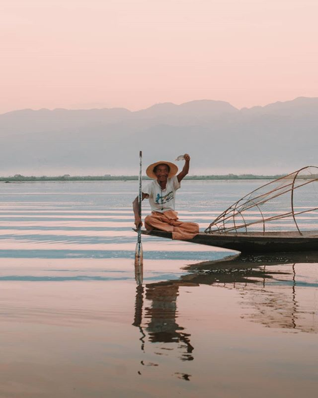 Visa fees into Myanmar: $40usd⁣ Boat ride over Inle Lake: K12000⁣ The look on this guys face after catching his first fish of the day: PRICELESS ⁣ ----------------------------------⁣ ⁣ #mastercard #myanmar #MyMyanmar #myanmarphotos #myanmartravel #igmyanmar #inlelake #folkportrait #folksouls #voyaged  #travelportrait #passionvoyage #portraits4ever #worldface  #great_captures_people #worldpixels_111 @voyaged #letswander #createexplore  #beautifulseasia⁣