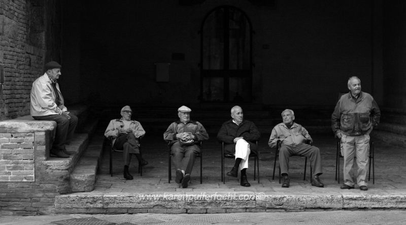 Men in Sangimignano 01 BW.JPG