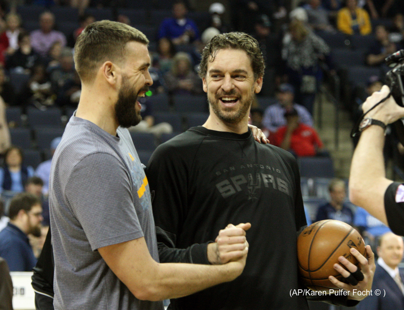 Pau and Marc Gasol.JPG