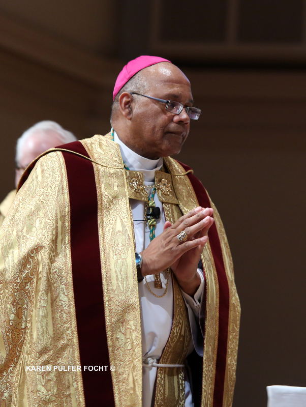 Bishop Martin Holley 005 ©Focht .JPG