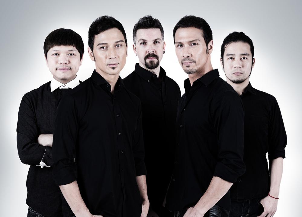 Solerband+blackshirt+all+2-.jpg