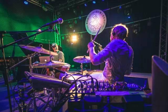 Emil de Waal + Spejderrobot二重奏@ 第四届OCT-LOFT国际爵士音乐节 摄影: @UC大人