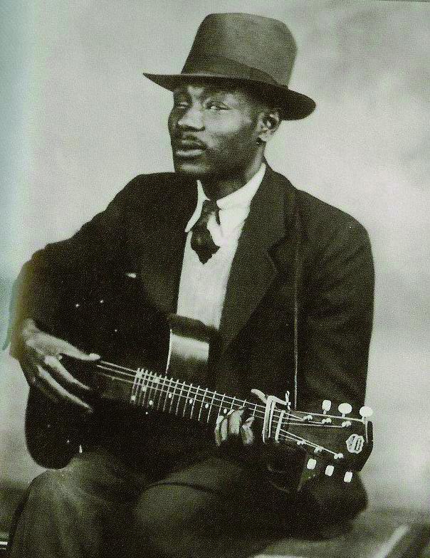 Blind Boy Fuller (1907 - 1941)
