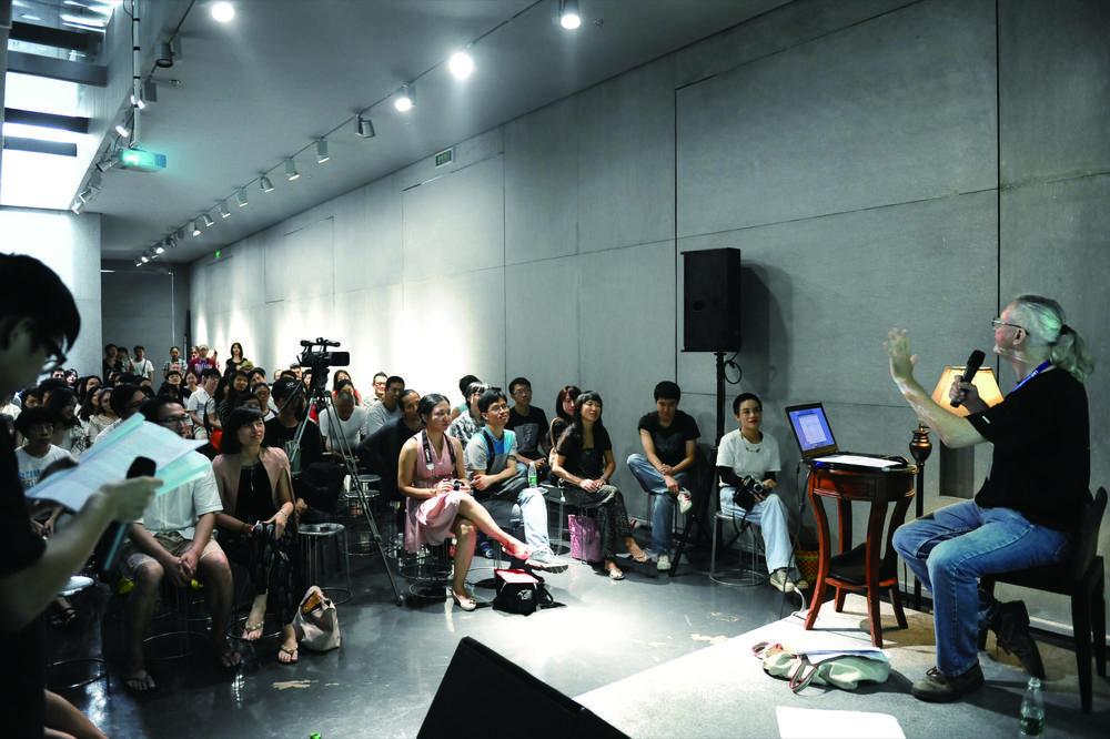 2012年10月14日讲座现场。摄影:LEE