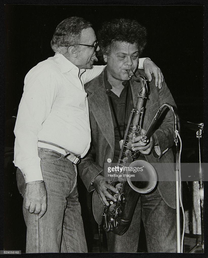 Buddy Rich(左)和Steve Marcus(右)在1986年尼斯爵士音乐节。Steve Marcus(1939 - 2005),美国萨克斯风手。