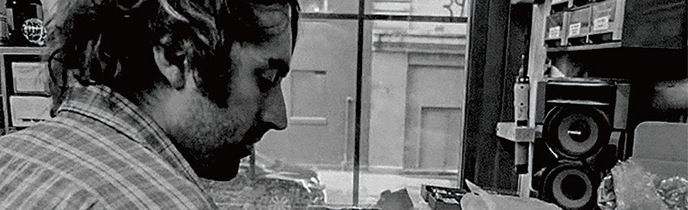 讲座 · 效果器革命美学——声波毁灭者的诞生 Talk · The Revolutionary Aesthetics of Effects Pedals — Nothing to Total Sonic Annihilation 讲者 Speaker:Oliver Ackermann