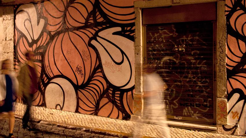 12-07-06-portugal-part-1-lisbon-low-4.jpg