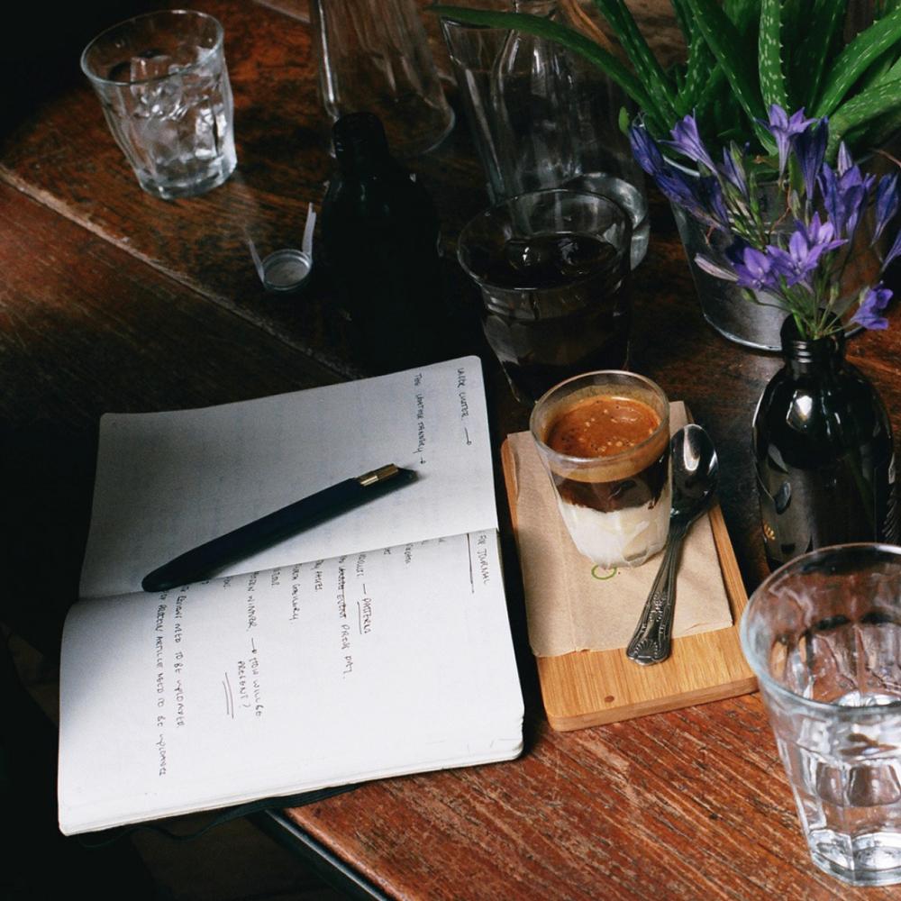 AJOTO_Pen_wallet_designjunction_london_minimalist_luxury3.jpg