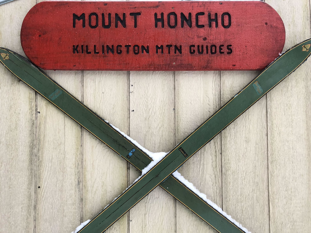 skis honcho kmg sign.jpg
