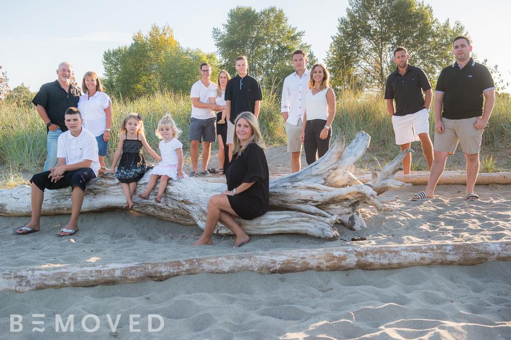 14-amanda-and-family.jpg