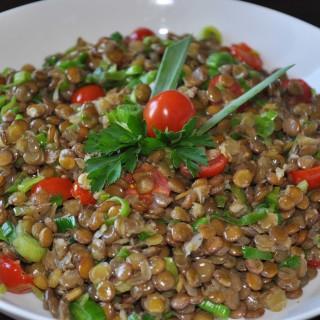 Resultado de imagem para lentilha salada