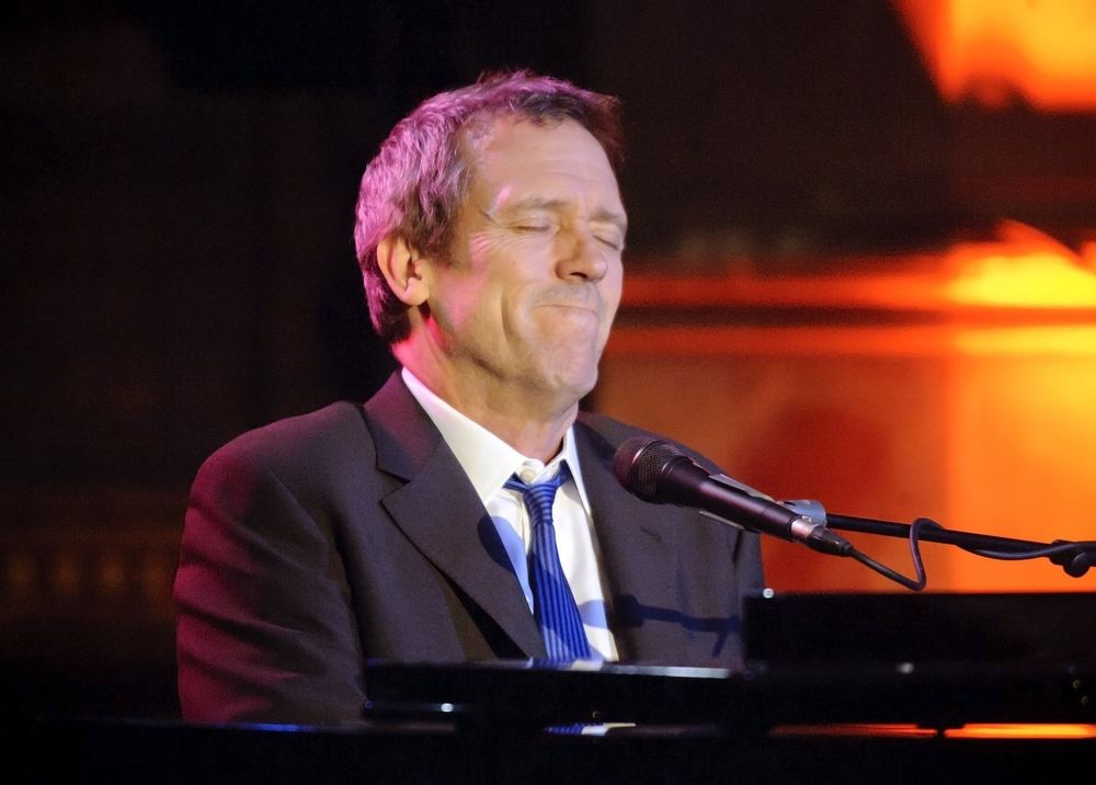 Hugh-Laurie-Union-Chapel-London-London-04-05-2011-hugh-laurie-21749445-2048-1466.jpg