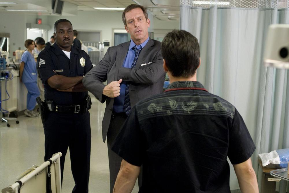 still-of-hugh-laurie-and-clifton-powell-in-street-kings-(2008)-large-picture.jpg