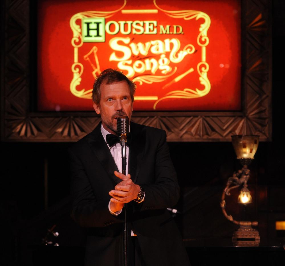 Hugh-Laurie-Wrap-Party-April-20-2012-hugh-laurie-30554973-2048-1913.jpg