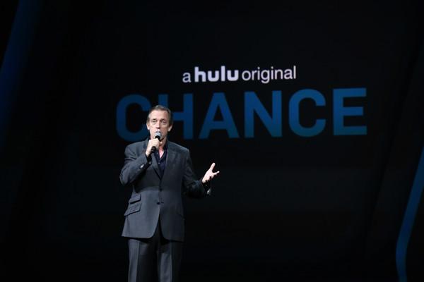 Hugh+Laurie+2016+Hulu+Upftont+Presentation+7duyFN_inzPl.jpg