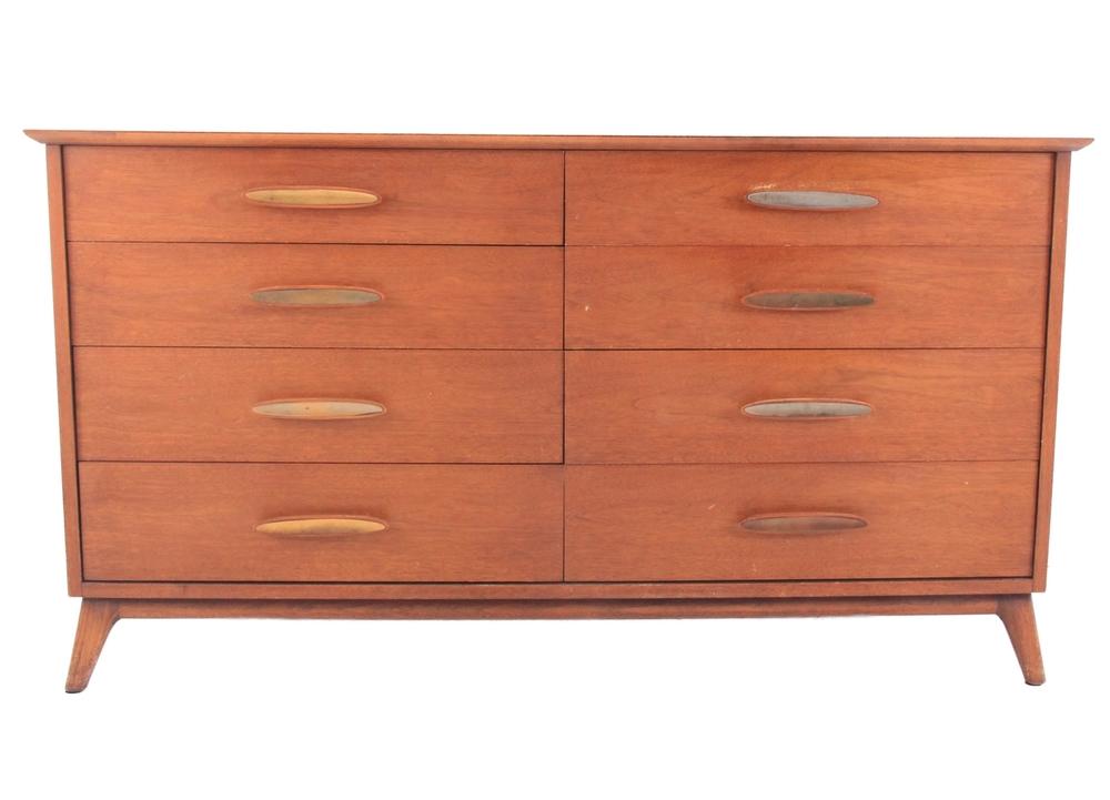 Vintage Heritage Dresser